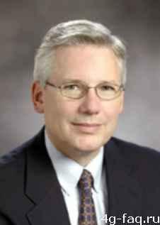 Bruce-Claflin_AMD AMD меняет стратегию и президента.